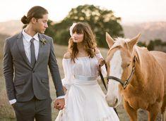 bride/groom/horse
