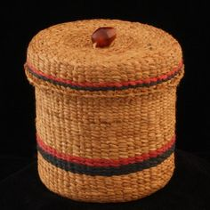 Lidded Cedar Bark Basket made out of Red Cedar with a trade bead handle. Woven by Alaskan Native Lindarae Shearer Arctic Spirit Gallery - Native Art Gallery in Ketchikan Alaska Ketchikan Alaska, Tree Bark, Red Cedar, Native Art, Basket Weaving, Making Out, Nativity, Berries, Art Gallery