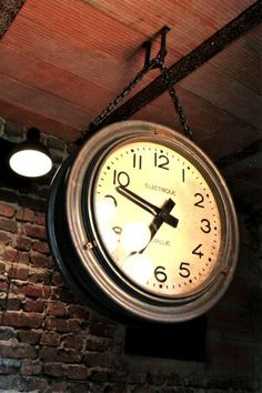 ancienne horloge industrielle brille vers 1920 double face grande taille fonctionnante zinc. Black Bedroom Furniture Sets. Home Design Ideas