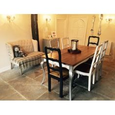 English Retreat  Dining Table