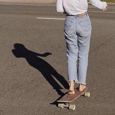 angel without wings Skater Girls, My Vibe, Teenage Dream, Longboards, Skateboards, Skateboard Art, Look Cool, Michael Jordan, Mom Jeans