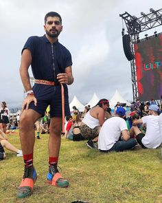 Lollapalooza, Festival Looks, Festival Outfits, Festival Fashion, Coachella, Look Rock In Rio, Midnight Sky, Coin Collecting, Male Fashion