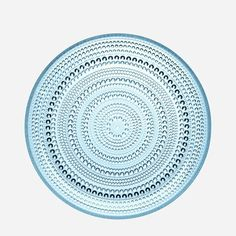 LIMITED STOCK AVAILABLE Iittala Kastehelmi Dinner Plate, Light Blue. The Kastehelmi range of glassware was designed in 1964 Oiva Toikka . Kastehelmi was one of Toikka's most popular designs and Iittala Small Plates, Decorative Plates, Green Dinner Plates, String Of Pearls, Joss And Main, Scandinavian Design, All Modern, Decoration, Dinnerware