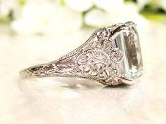 Vintage Aquamarine Engagement Ring 3.79ct by LadyRoseVintageJewel