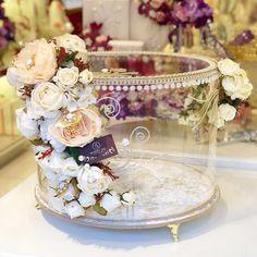 Wedding Car Deco, Desi Wedding Decor, Wedding Crafts, Diy Crafts And Hobbies, Diy Crafts For Gifts, Wedding Gift Baskets, Wedding Gift Boxes, Engagement Decorations, Wedding Decorations