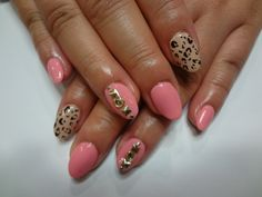 Nude and pink nails