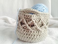I've seen so many adorable patterns for crochet baskets, and I just had to design one using one of my favorite new stitches: the Diamond stitch. This basket would look great in your craft room, your bathroom, or in your kitchen!