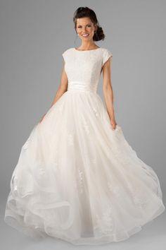 Modest Wedding Gown | LatterDayBride | Lorelai #modestweddingdresses