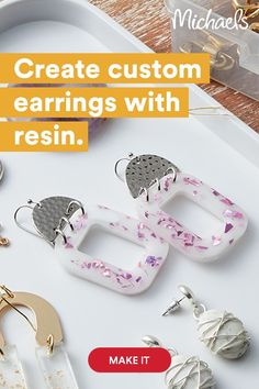 Wood Resin, Uv Resin, Clear Resin, Ear Jewelry, Resin Jewelry, Diy Resin Earrings, Resin Tutorial, Polymer Clay Creations, Jewelry Making Tutorials