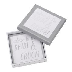 These stylish Advice Cards are the perfect addition to your #wedding. Use them as place cards or style them next to your guest book and let guests offer up their unique advice. #happilyeverafter