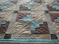 Quilting Ideas Intricate quilting design increases the impact and beauty of a simple quilt pattern. Colchas Quilting, Machine Quilting Patterns, Easy Quilt Patterns, Quilt Stitching, Free Motion Quilting, Quilting Projects, Quilting Ideas, Stitching Patterns, Quilting Stencils