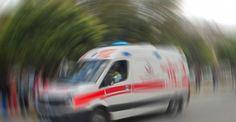 İndiği servisin altında can verdi Osmaniye'nin Kadirli ilçesinde indiği servis aracının altında kalan 10 yaşındaki Beytullah Çeri, hayatını kaybetti. http://feedproxy.google.com/~r/dosyahaber/~3/O3bU2z0ilag/indigi-servisin-altinda-can-verdi-h11561.html