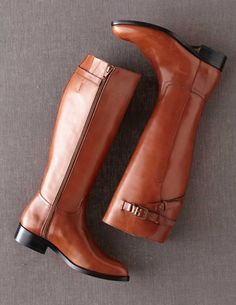 I've spotted this @BodenClothing Equestrian Boot Tan... MORE LIKE *BRITISH TAN*... i have a pair very close in style to these BEAUTIES from Michael Kors. Have yet to wear them here in SoCal; & i purchased them 5 years ago! YIKES!