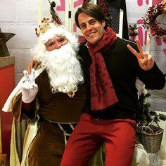 #Gracias #Reyes Melchor Gaspar y Baltasar por dejarme #ayudaros a preparar todos los #regalos y a entregaros la #carta. Estoy Feliz!!!! si aún no la habéis entregado mandarme un mail y yo se la doy !!!! Que todos vuestros #deseos se hagan realidad !!!!! #Thanks #King #Melchor #Gaspar #baltasar for letting me #help you with all the #presents and the #letters !!!! #tresreyesmagos #reyesmagos #rey #cabalgata #feliz #felicesreyes Me SIENTO COMO UN NIÑO #gratitud #honor #amor #amar #vivir…