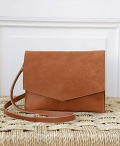 """pikfine Eco Leder Umhängetasche Clutch """"Mira' // 4 Farben - pikfine Leather Skin, Smooth Leather, Leather Bag, Marsala, Clutch, Leather Accessories, Vegetable Tanned Leather, Silver Hoop Earrings, Small Gifts"""