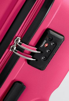 American Tourister - Bon Air 55cm Small Spinner Suitcase - Expandable - Hot Pink