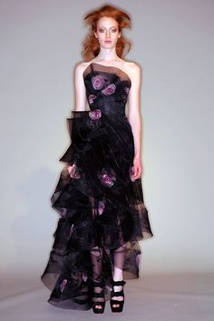Marchesa Fall 2010 Ready-to-Wear Collection Photos - Vogue