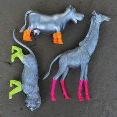 DIY Painted Animals - looks like they are wearing boots