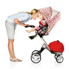 Keep baby cool with Stokke Summer Kits for your Xplory stroller.