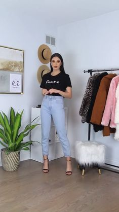 Aesthetic Outfits Videos For Chubby - Aesthetic Teen Fashion Outfits, Mode Outfits, Classy Outfits, Stylish Outfits, Fall Outfits, Vintage Outfits, Beautiful Outfits, Amazing Outfits, Black Women Fashion
