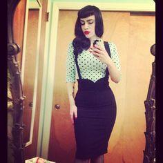 That pencil skirt!