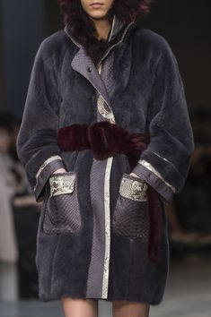 Francesca Liberatore at Milan Fashion Week Fall 2018 - Details Runway Photos