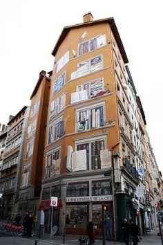 ღღ  The exterior of La Bibliotèque De La Cité in Lyon, France.