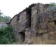 Resultado de imagem para aldeias de portugal abandonadas