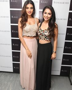 Nidhi Agarwal with her friend