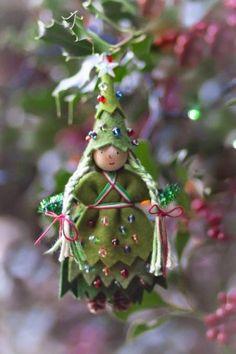 Christmas Tree Fairy doll by Lenka at Forest Fairy Crafts Christmas Tree Fairy, Felt Christmas Ornaments, Noel Christmas, Christmas Decorations, Christmas Stuff, Fairy Crafts, Felt Crafts, Clothespin Dolls, Forest Fairy