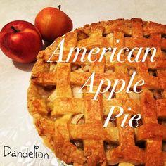 American Apple Pie / Apfelkuchen   #americanpie #pie #kuchen #instafood #foodporn #instagood #apfelkuchen #lecker #homemade #cake #nomnom #nom #yummy #yum #delish #delicious #funday #lovelife #sunday #teatime #lunch #dinner #muffin #candy