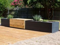 Add some sophistication to your garden or patio with this modern planter bench.
