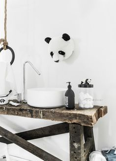 © Paulina Arcklin   Blog post:THE KIDS ROOM - THE PANDA BASIN