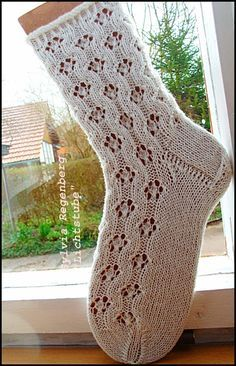 Spring Awakening Pattern Instructions from Si Ha Garn: Super Yarn Needle: . Spring awakening pattern instruction from Si Ha yarn: super yarn needle: pattern length: 14 stitches total number of. Knitting Socks, Knitting Stitches, Knitting Needles, Knitting Patterns, Knit Socks, Lots Of Socks, Knit Stockings, Patterned Socks, Yarn Needle