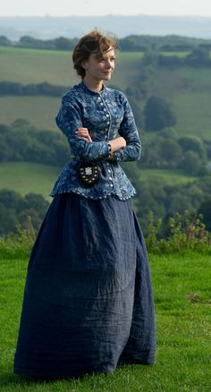 """Carey Mulligan as Bathsheba Everdene in Far from the Madding Crowd "" Historical Costume, Historical Clothing, Dress With Shawl, Dress Up, Retro Fashion, Vintage Fashion, Vintage Outfits, Madding Crowd, Hollywood Costume"