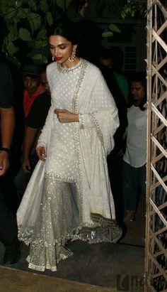 Deepika looks stunning! Eid Outfits, Pakistani Outfits, Indian Outfits, Wedding Outfits, Wedding Themes, Wedding Colors, Wedding Dress, Fashion Outfits, Indian Attire