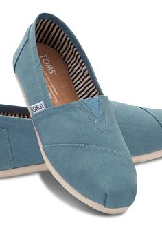 The shoe that started the One for One movement—TOMS Classics.