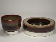 Silvershod bowls by Carl-Harry Stålhane for Designhuset Dog Bowls, Pottery, Ceramics, Ceramica, Ceramica, Pottery Marks, Ceramic Art, Ceramic Pottery, Pots