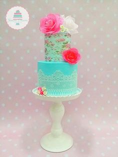 Shabby Chic Love - Cake by Frosted Dreams