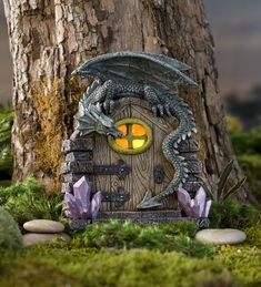 25 Cute DIY Fairy Furniture and Accessories For an Adorable Fairy Garden Fairy Garden Doors, Fairy Garden Furniture, Mini Fairy Garden, Lawn And Garden, Garden Art, Garden Ideas, Fairy Gardening, Fairy Doors On Trees, Organic Gardening