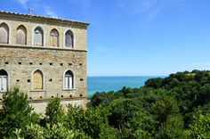 Il mare Adriatico sul colle.