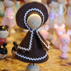 Cute Clothespin Dolls | restlessrisa: Nutcracker 2012 - Nutcracker Clothespin Dolls