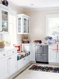 Kitchen sitting area. Cabinets, solutions, ideas,  More on blog: http://kokopelia.pl/siedzisko-na-szafkach/