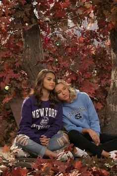 Bff Pictures, Best Friend Pictures, Friend Photos, Best Friend Goals, Best Friends, Paris Berelc, Netflix Movies, Best Series, Tv Series