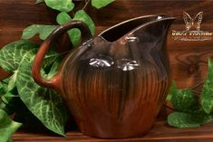 Muncie Pottery 1929 Black Peachskin Large Ice Tea Pitcher - The Kings Fortune Iced Tea Pitcher, Color Blending, Pottery Art, American Art, Indiana, Crafts, Black, Manualidades, Black People