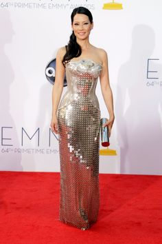 Lucy Liu donned a futuristic Versace column dress to the Emmys ...