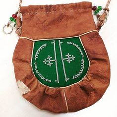 Hunting Bags, Bone Jewelry, Native Style, Leather Working, Leather Craft, Handicraft, Pouches, Reindeer, Folk Art