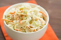 salade Coleslaw facile Weight watchers, recette d'une salade américaine au chou cru et carottes, facile et simple à réaliser.