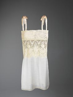 French Cotton and Linene Chemise, 1920-29