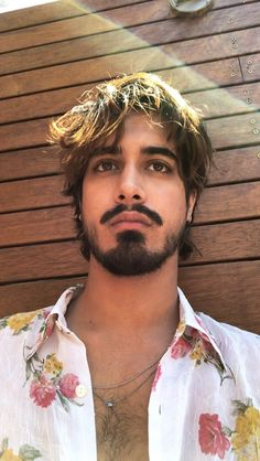 Avan Jogia Archive - Oh my! Australia seems to love Avan Jogia! Most Beautiful Faces, Beautiful Boys, Pretty Boys, Evan Jogia, Wrath And The Dawn, Renaissance Men, Indian Man, Hairy Men, Good Looking Men